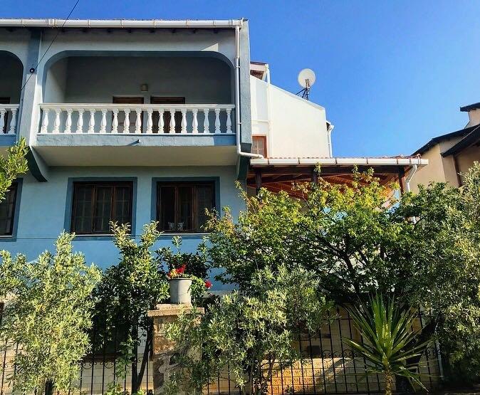 Beautiful Holiday Villa In Ildiri, Cesme, casa vacanza a Urla