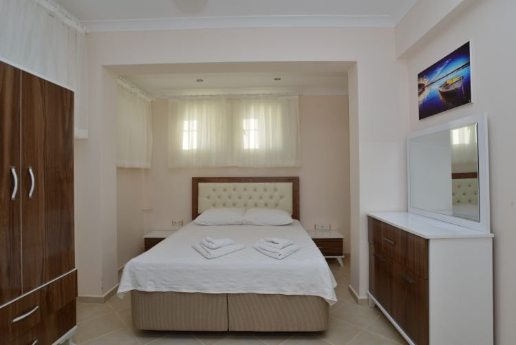 2 Bedroom Luxury Apartments in Heaven Garden, holiday rental in Yaniklar