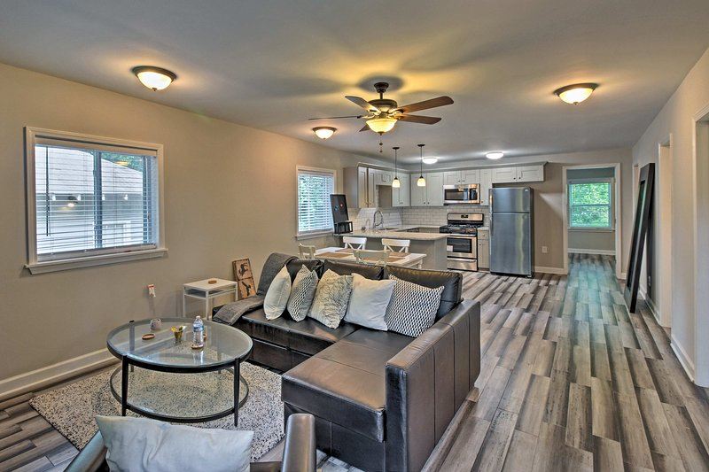 Unwind in this 3-bedroom, 1-bathroom vacation rental home in Atlanta.