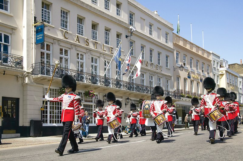 Royal Guards parade on Windsor's High Street daily at 11am  Another free activity for all the family