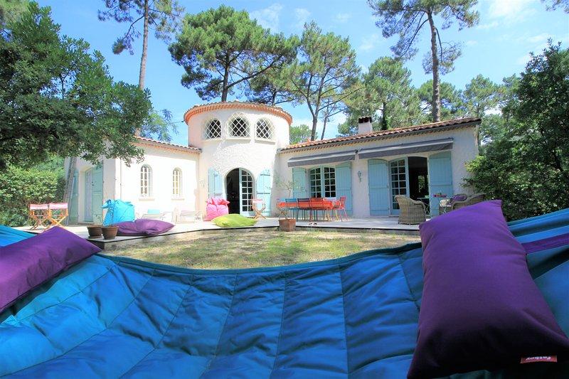La villa y su terraza