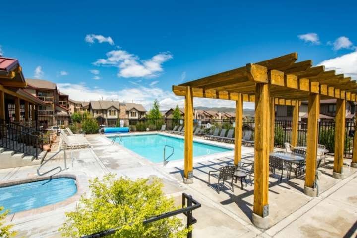 Heated Pool, Hot Tub, Cabana, Clubhouse, Fitness Center All Included!