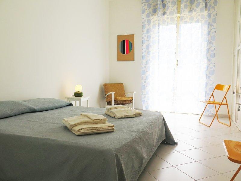 Vintage House in Sorrento Coast: sea view - wifi, Ferienwohnung in Massa Lubrense