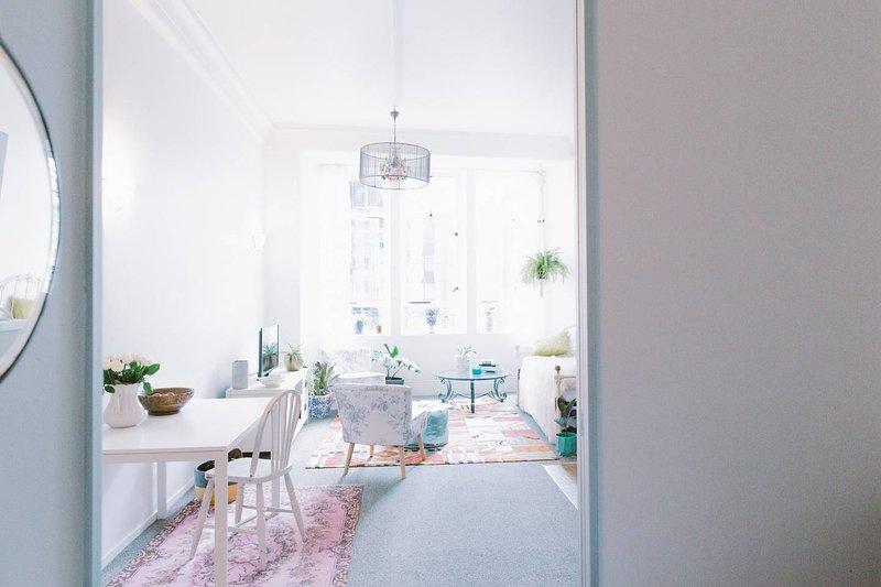 Bohemian City Apartment, holiday rental in Birkenhead