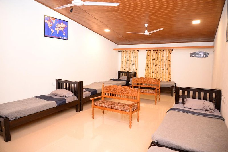 Halli Hithalu Homestay Family Room, holiday rental in Aldur