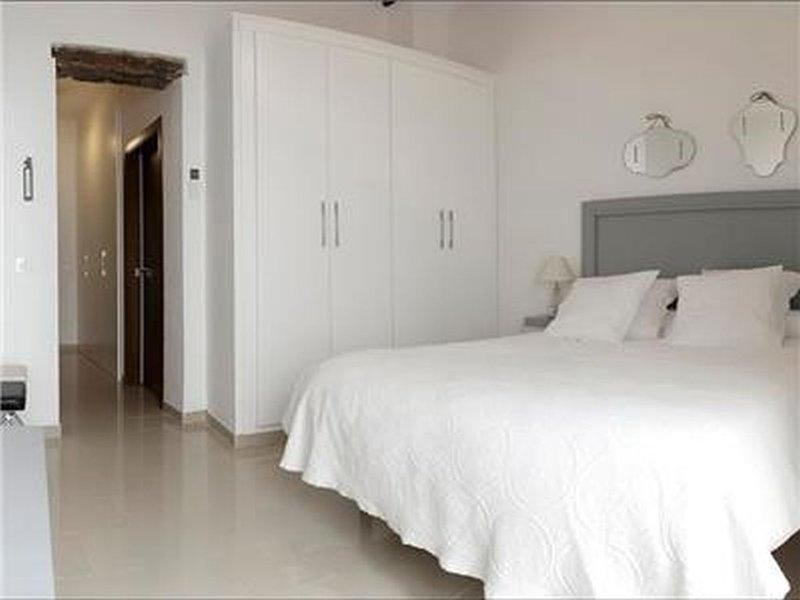 Green-Apartments Plaza Nueva: Apartamento deluxe con patio, holiday rental in La Campana