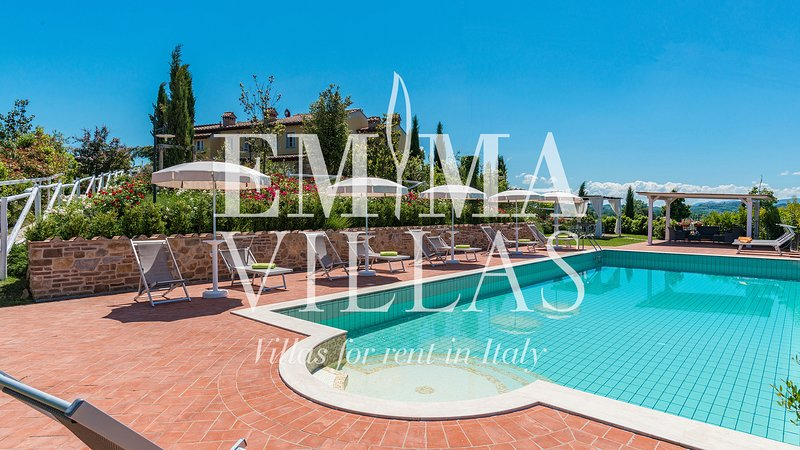 DIMORA SAN JACOPO 20+1 WONDERFUL VILLA WITH POOL FOR YOUR HOLIDAYS IN ITALY, vacation rental in Palaia