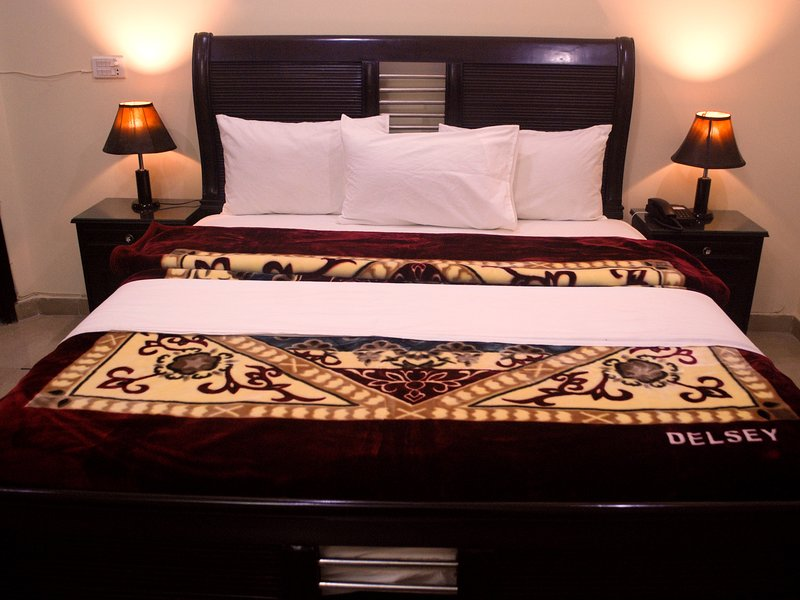 Millat Guest House, vacation rental in Islamabad Capital Territory