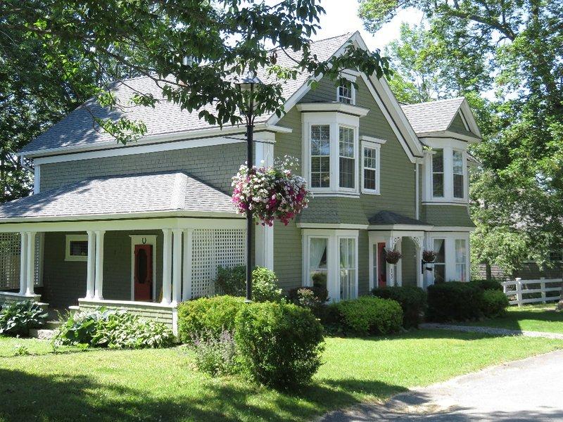 Shorewood House ubicado en Shelburne, Nova Scotia. Duerme 6.