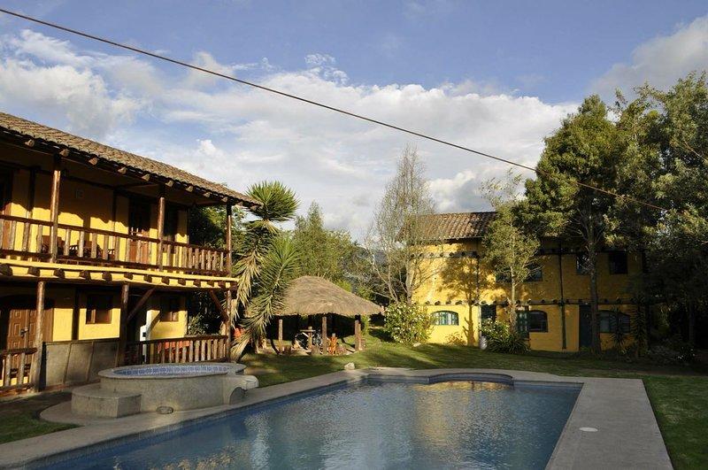 Hostel Colibri Aeropuerto, location de vacances à Tababela