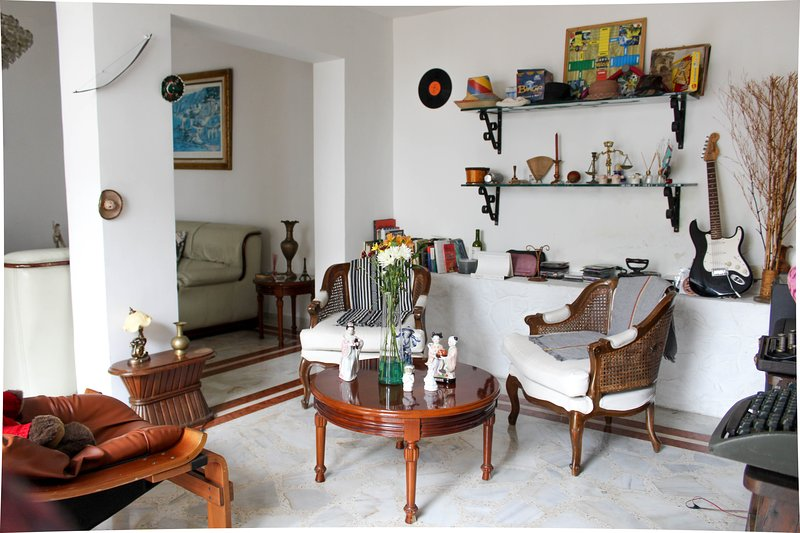 Welcome to this beautiful house!, vacation rental in Pichinde