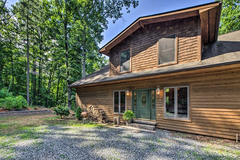 Find your home-away-from-home in the foothills of NC at this Tyron property!