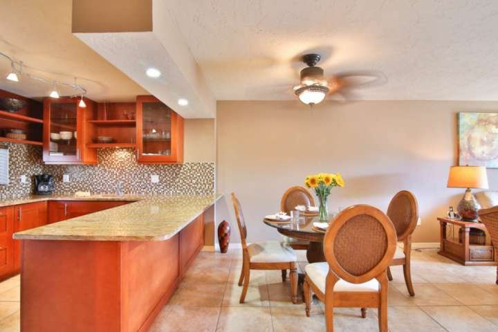 Open concept and newly renovated.  Dining table for 4 people.
