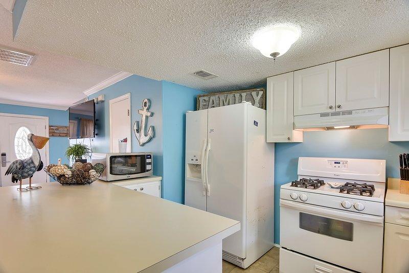 Gulf Highlands 169-Kitchen Area