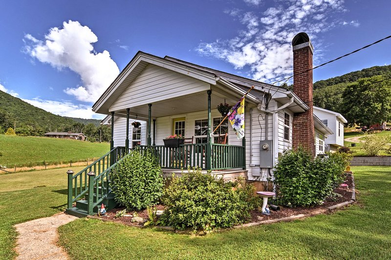 A quiet retreat in the Candler countryside awaits at this cozy vacation rental!