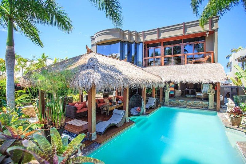 Bali Island Dream Villa in Surfers Paradise, vacation rental in Arundel