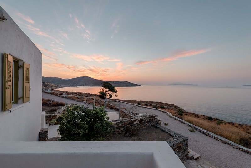 Panasea Villa in Naxos with Private Swimming Pool, holiday rental in Ano Koufonissia
