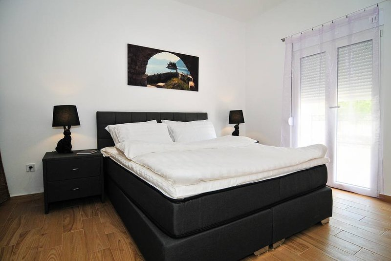Brand new 'Forest Escape' Villa, Apartment No.1, holiday rental in Tivat Municipality