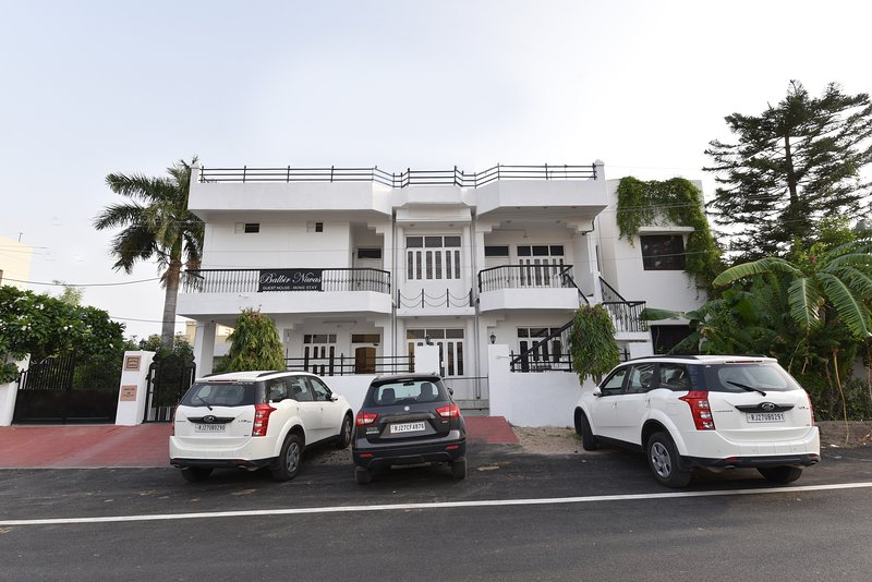 TULIP-BALBIR NIWAS GUESTHOUSE HOMESTAY, vacation rental in Udaipur District