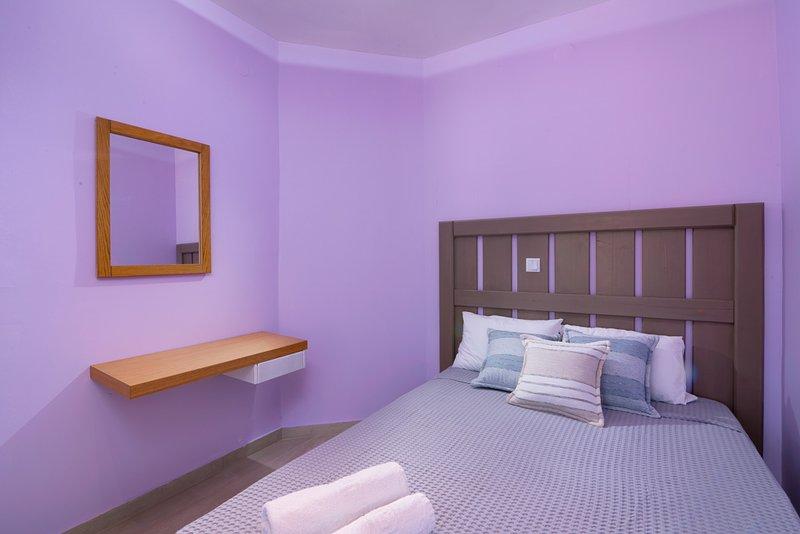 Lena Apartments Limenaria - Triple Studio, location de vacances à Astrida