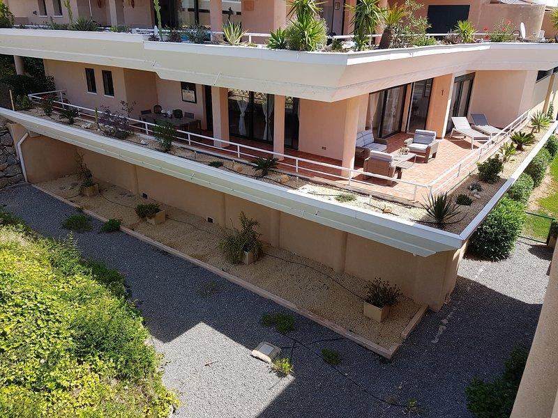 Appartement Grand la Nova (140 m2 woonoppervlak en 60 m2 terras), holiday rental in Tarbena