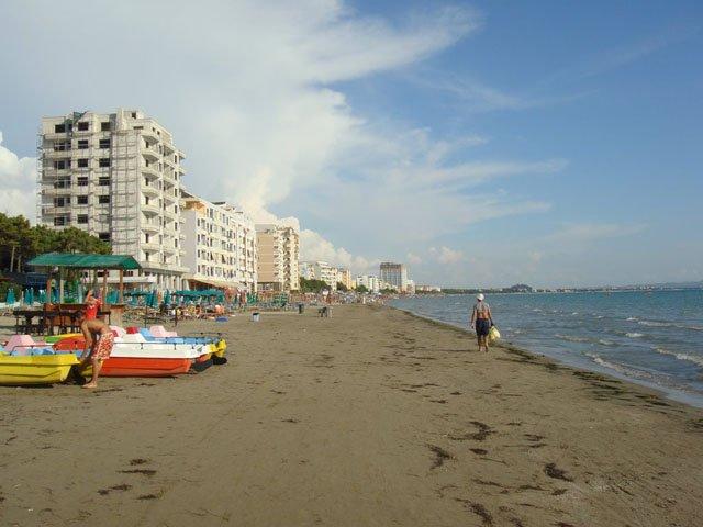 Location Appartements de vacances -plage DURRES, location de vacances à Comté de Durres