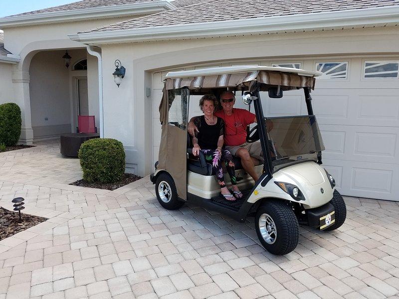 Les clients ont l'utilisation gratuite de notre voiture de golf à gaz.