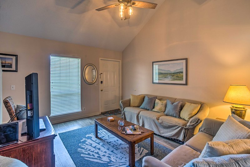 Évadez-vous vers l'île St. Simons dans ce condo de 3 chambres et 3 salles de bains!