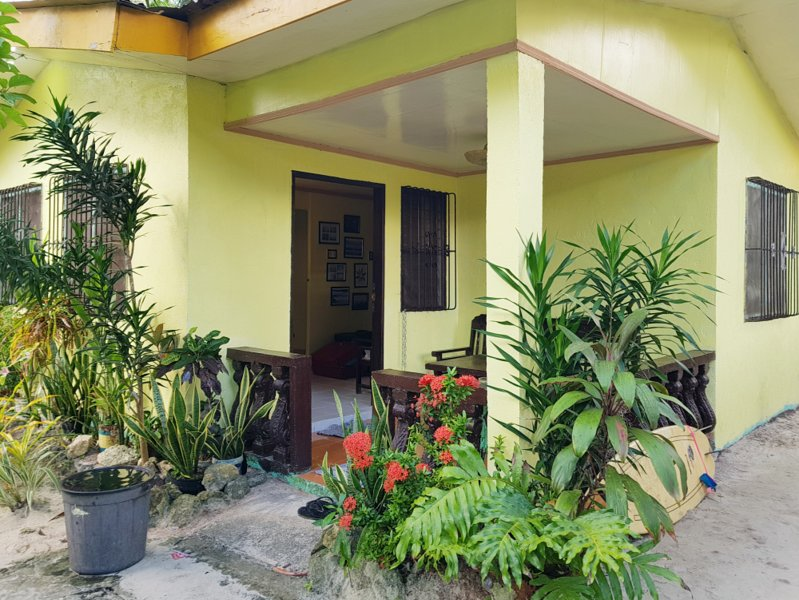 3 BR House 200m to White Beach / near activities, alquiler vacacional en Siargao Island