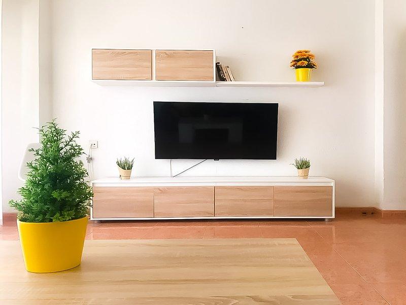 'APARTAMENTO REFORMADO FRENTE A LA PLAYA', holiday rental in Aguilas
