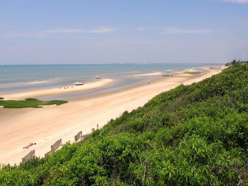 Bay View Drive - Strand