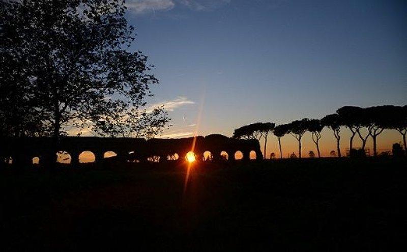 Parco degli Acquedotti al tramonto