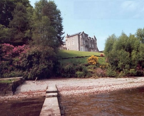 No 3 Lomond Castle, holiday rental in Langbank