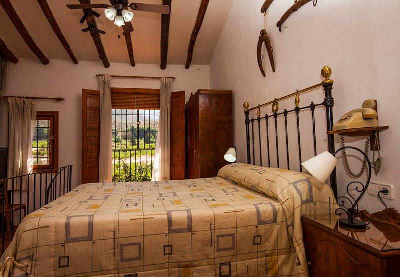 Las Golondrinas Casa Rural perfecta para parejas en Blanca, Murcia, Spain, alquiler de vacaciones en Mula