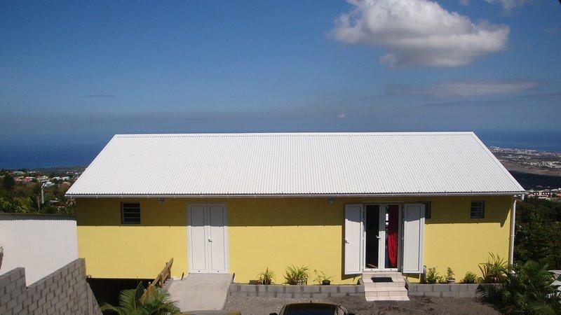 Amazing studio with sea view & Wifi, location de vacances à Bois de Nefles