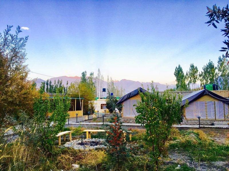 DE Nubra Camp Deluxe Room, vacation rental in Ladakh