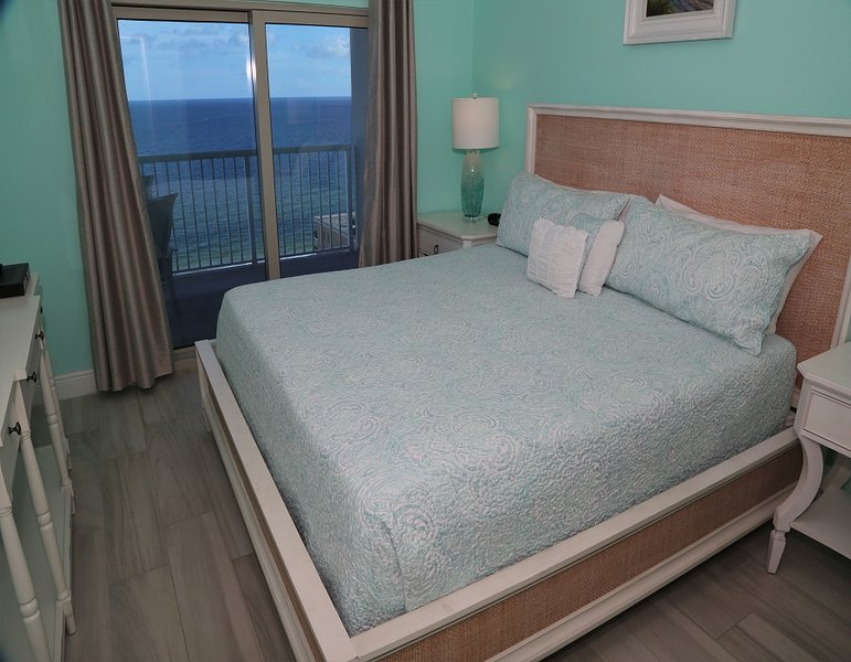 Master bedroom - King with balcony access