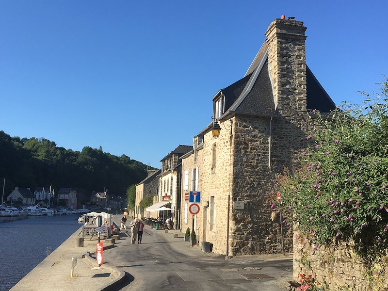 La Tannerie riverside property boasting beautiful views of the port, viaduct and ramparts
