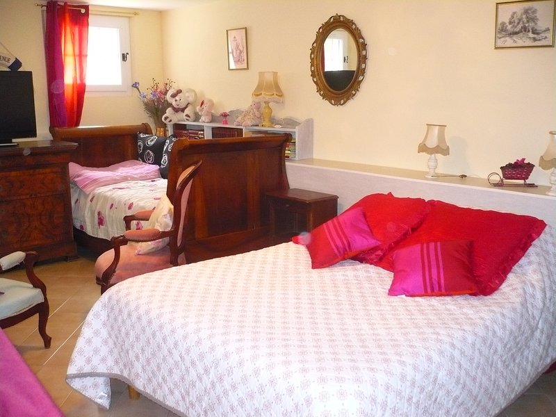 Tramontane room for 2 or 3 people