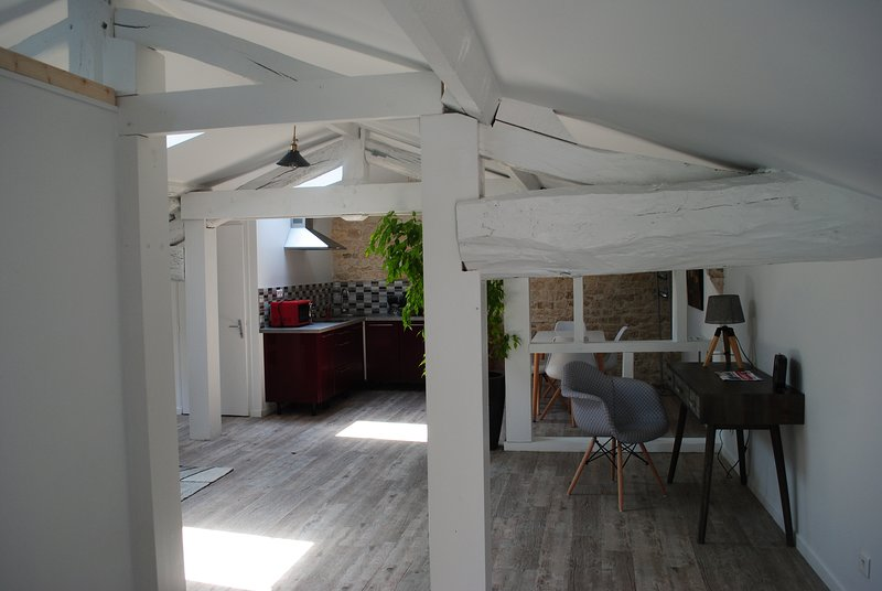 Loft a l'écurie, holiday rental in Champagne-les-Marais