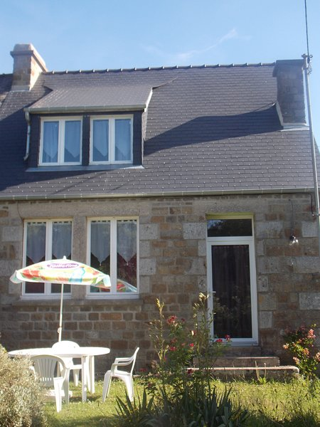 Nice house with garden & Wifi, holiday rental in Romagny