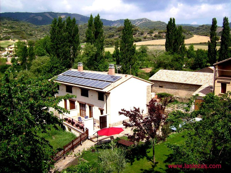 Casa Rural Las Lezas, holiday rental in Province of Zaragoza