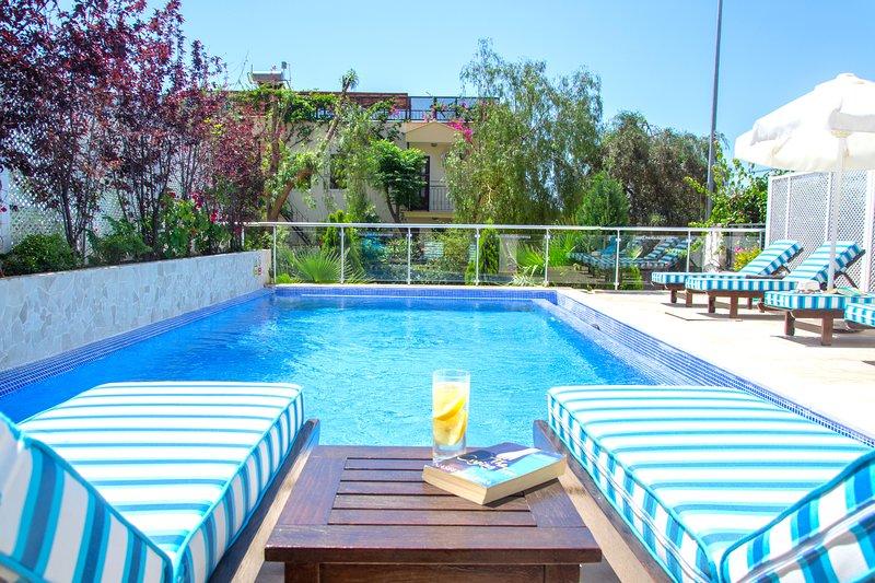 Luxury Kalkan Apartment, Private Pool, holiday rental in Kalkan