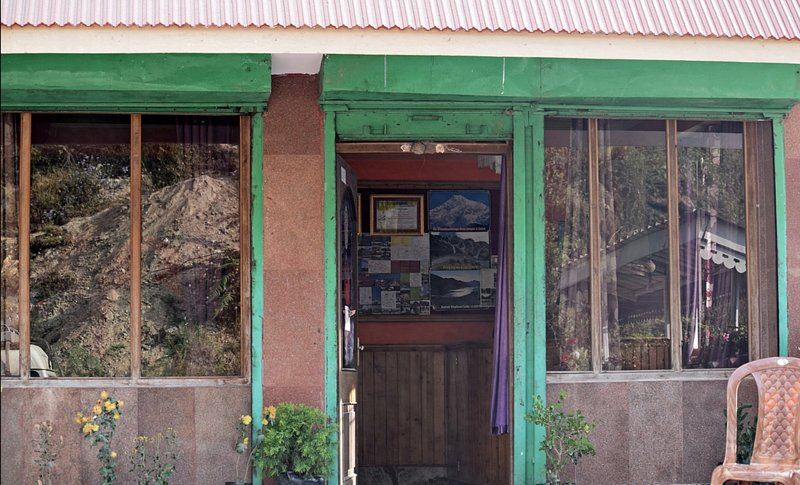 Chittiz Hotel (Single Room 3), holiday rental in Pedong