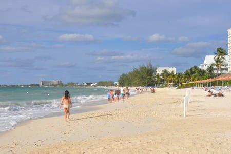 Heart of Seven Mile Beach, holiday rental in Camana Bay