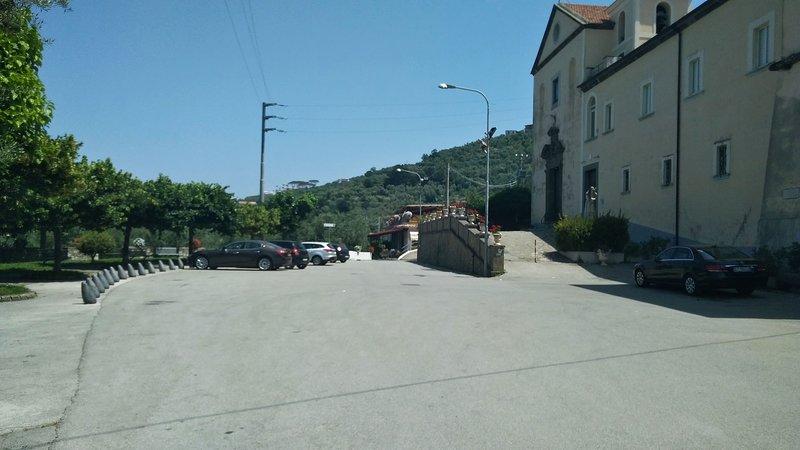 La Vigna (26) San Francesco square nearby parking area