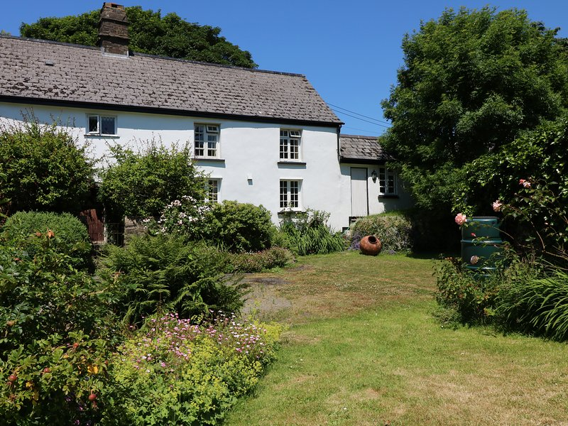 OLD HAMMETTS, Grade II listed, Woolsery, vacation rental in Woolsery