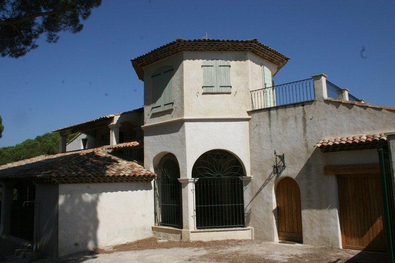 Amazing house with sea view & Wifi, location de vacances à Sainte-Maxime