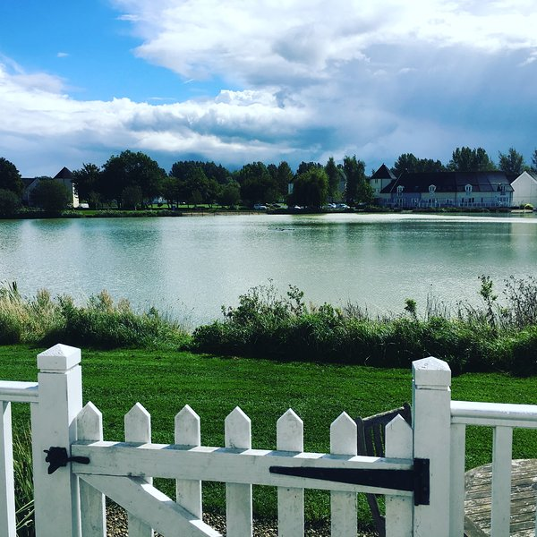 Lake View, The Cotswolds, vacation rental in South Cerney