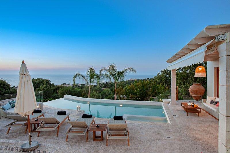Delfini Villa ... atemberaubende Aussichten kombiniert mit Luxus!